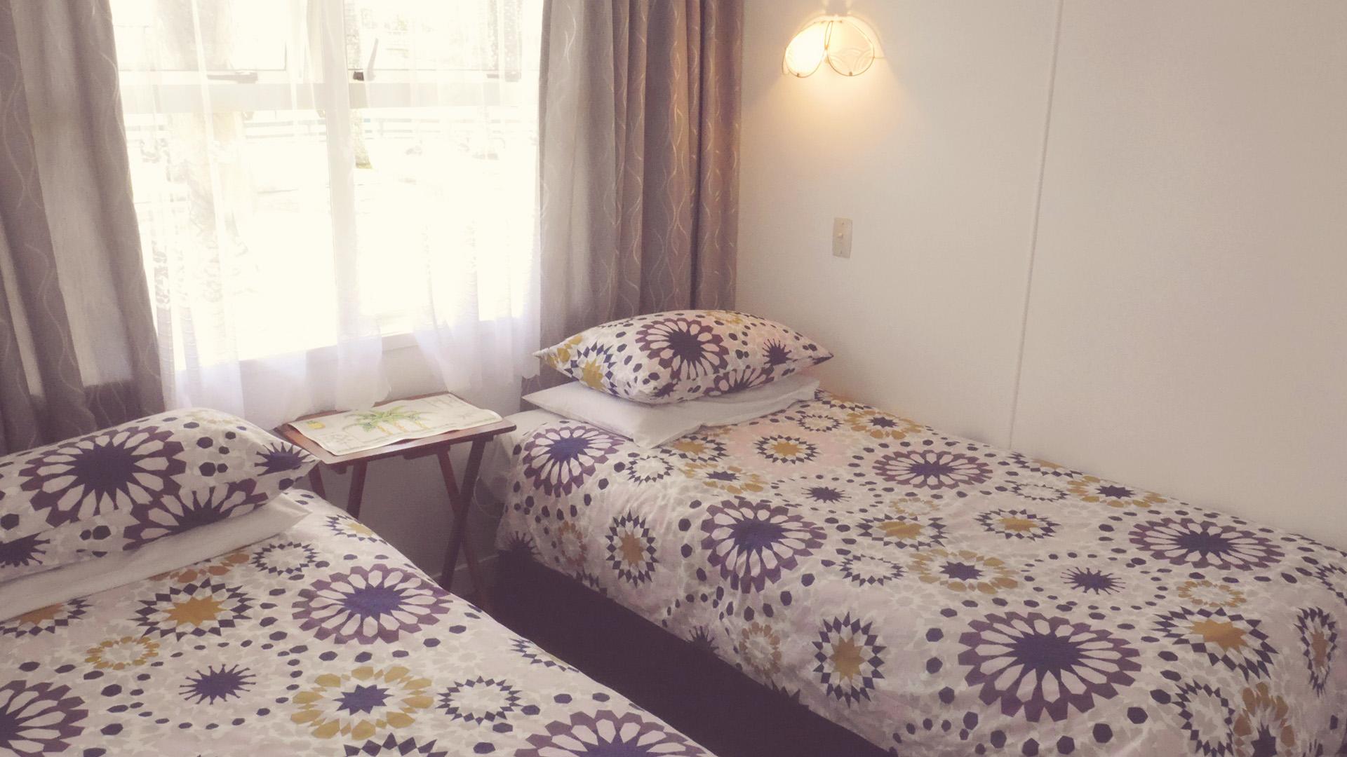Palm Court Bedroom Furniture Raglan Palm Beach Motel Nikau Palm Suite